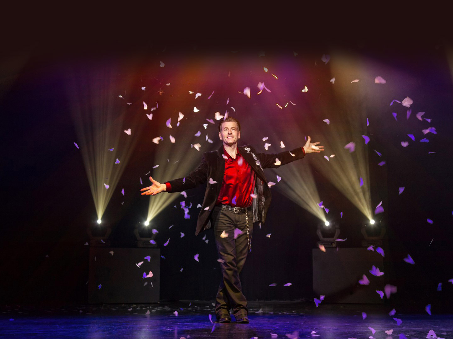 Imagine The Ultimate Magic Experience Starring Greg Frewin
